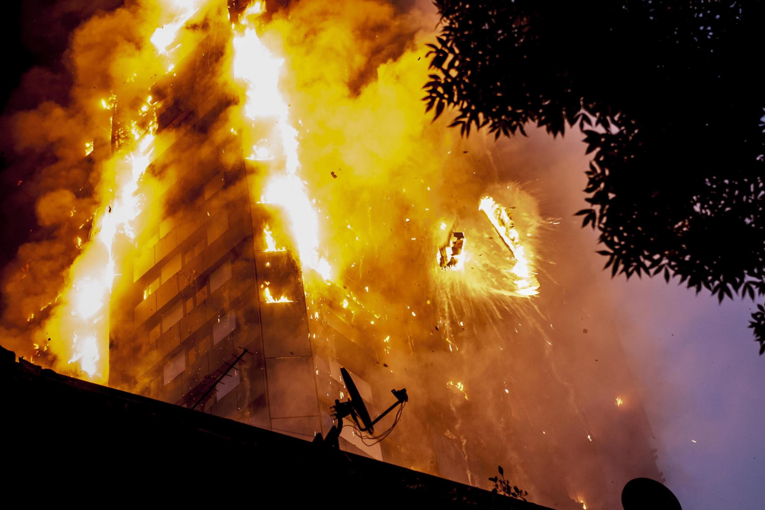 รอกหนีไฟ-อุปกรณ์หนีไฟ-ไฟไหม้-หนีไฟ-อุปกรณ์ดับเพลิง-seohan